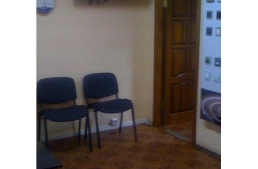 Сдается на Второй линии улицы Большая Морская Офисное помещение, площадью 120 кв.м., фото — «Реклама Севастополя»