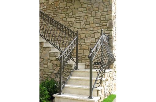 Изготовление металлических лестниц в Ялте, фото — «Реклама Ялты»