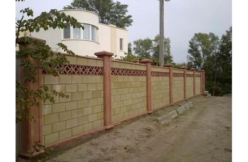 Заборы из французского камня, профнастила. Ворота, калитки., фото — «Реклама Севастополя»