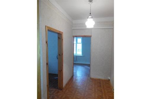 Двухкабинетный офис в Ленинском районе на улице Пожарова, площадью 32 кв.м., фото — «Реклама Севастополя»