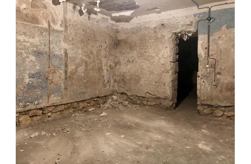 Продается нежилое помещение 133,7 кв.м. в центре Севастополя ул. Ленина 21, Ленинский район, фото — «Реклама Алупки»