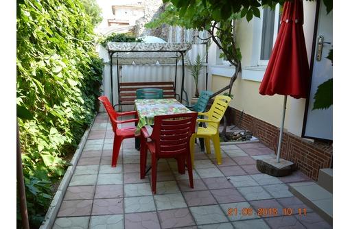 Сдам однокомнатный дом с двором, парковкой, ул. Санаторская, фото — «Реклама Евпатории»