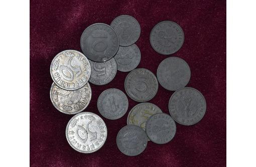 Коллекция немецких  монет, фото — «Реклама Симферополя»
