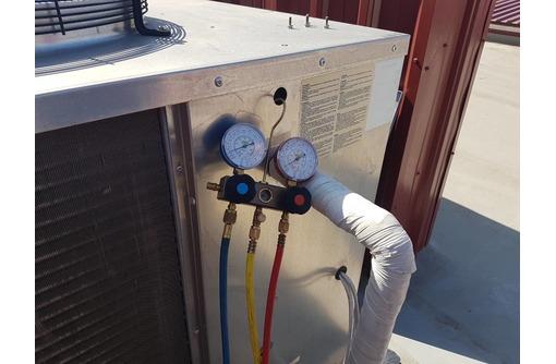 Техническое обслуживание и ремонт холодильных агрегатов и чиллеров в Севастополе и Крыму с гарантией, фото — «Реклама Севастополя»