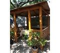 Продам беседку 2,5 на2,5 в отличном состоянии - Садовая мебель и декор в Крыму