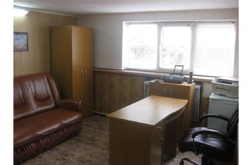 Сдается в аренду Меблированный Офис в Центре на Ул Кулакова (отопление+охраняемая территория), 35 м2, фото — «Реклама Севастополя»