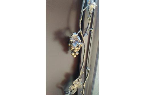 ограждения и решетки с элементами декора и простые, фото — «Реклама Севастополя»