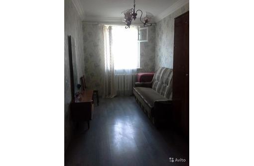 Сдается 2-комнатная, улица Аксютина, 20000 рублей, фото — «Реклама Севастополя»