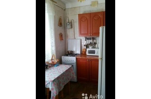 Сдается 2-комнатная, улица Ивана Голубца, 18000 рублей., фото — «Реклама Севастополя»