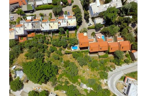 Участки в закрытом коттеджном поселке «Вилла Роз», фото — «Реклама Ялты»