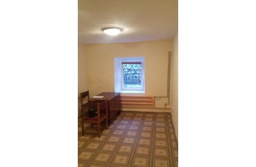 Офисное помещение в Центре города (2 комнаты), площадью 32 кв.м., фото — «Реклама Севастополя»