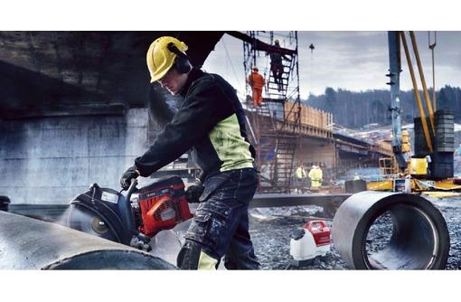 Демонтажные работы: стен, перегородок, плитки, стяжки, штукатурки, паркета, фото — «Реклама Севастополя»