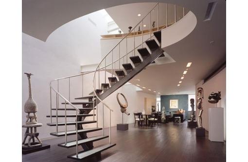 Проектирование, изготовление и реставрация лестниц, фото — «Реклама Керчи»