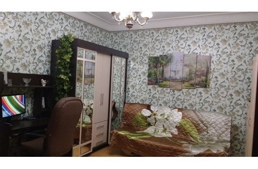 Продам 2 дома 91 и 46 кв.м. 7 соток, цена 11 млн./И Полдома и отдельно стоящий дом, 4 сотки, 5,5 млн, фото — «Реклама Севастополя»