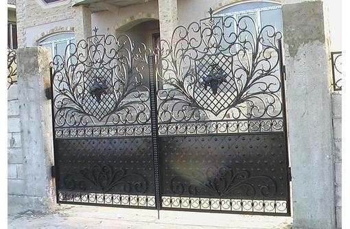 Изготовление и установка под заказ калиток, ворот, заборов, фото — «Реклама Феодосии»