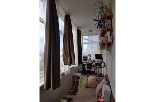 Продается просторная видовая 1-комнатная квартира с супер ремонтом и мебелью с быт.техникой, фото — «Реклама Севастополя»
