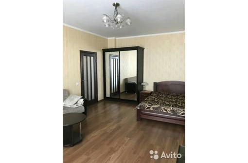 Сдается 1-комнатная крупногабаритная, улица Маячная, 25000 рублей, фото — «Реклама Севастополя»