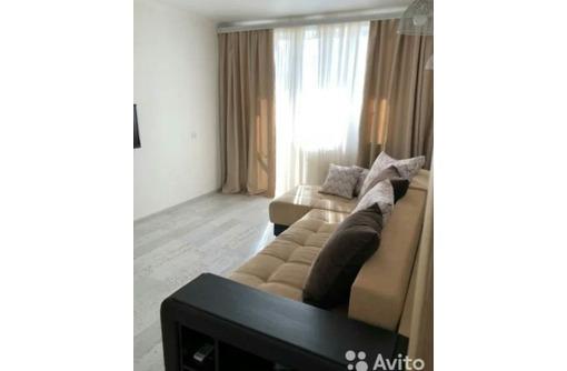 Сдается 2-комнатная, улица Адмирала Юмашева, 25000 рублей, фото — «Реклама Севастополя»