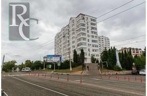 Продаётся  видовая 1-комнатная квартира с кухней студией на ул. Победы!, фото — «Реклама Севастополя»