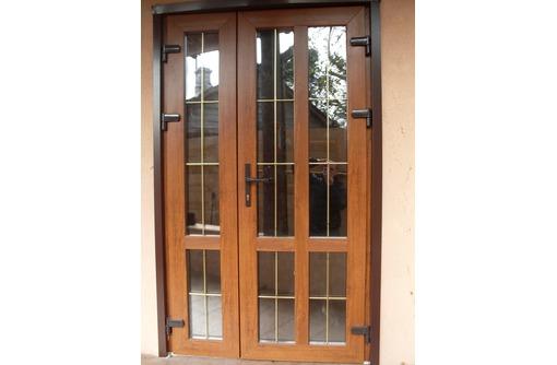 Двери металлопластиковые Rehau 60 1,3х2м, фото — «Реклама Севастополя»