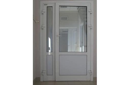 Двери двустворчатые алюминиевые Алютех теплые, фото — «Реклама Севастополя»