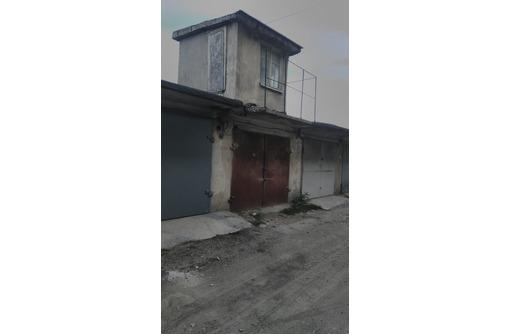 Срочно продам 3х этажный гараж на Лебедя, фото — «Реклама Севастополя»