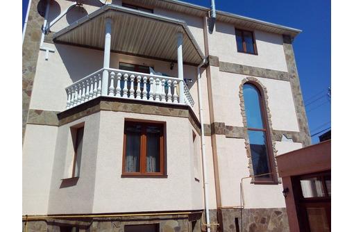 Продаётся гостиница 4 этажа,10 номеров, действующий бизнес, 359 кв.м, участок 4 сотки, Казачья бухта, фото — «Реклама Севастополя»