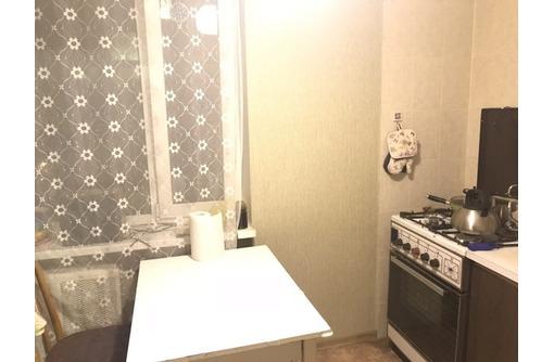 Сдается 2-комнатная, улица Хрюкина, 20000 рублей, фото — «Реклама Севастополя»