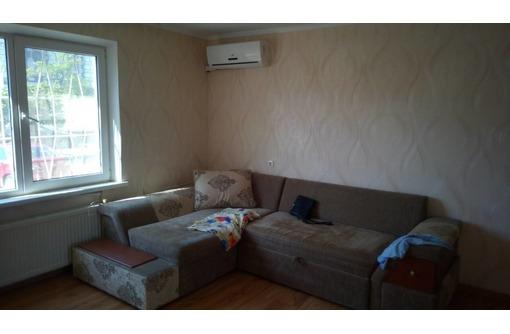 Сдается длительно 2-комнатная квартира на Столетовском проспекте, фото — «Реклама Севастополя»