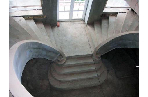 Бетонные работы: фундамент, опорные стены, стяжки, бетонные лестницы, фото — «Реклама Севастополя»