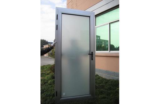 Дверь алюминиевая Алютех холодная, фото — «Реклама Севастополя»