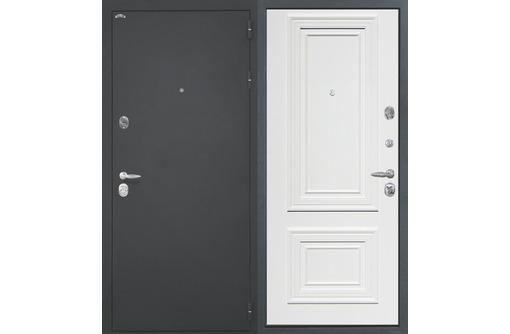 Входная дверь Оптима дуб перламутровый, фото — «Реклама Севастополя»