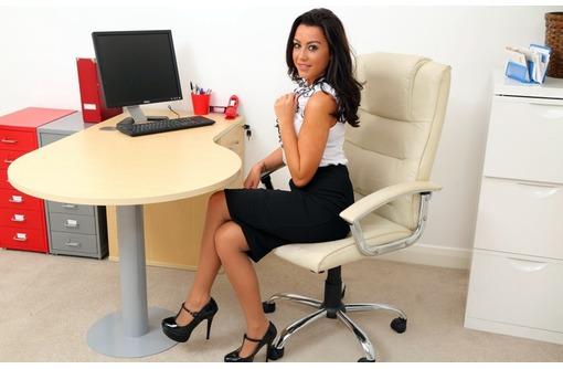 Нужен сотрудник в офис с функциями организатора, фото — «Реклама Симферополя»