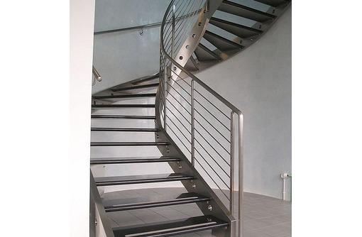 Изготовление лестниц любой сложности. Высокое качество, приемлемые цены, фото — «Реклама Феодосии»