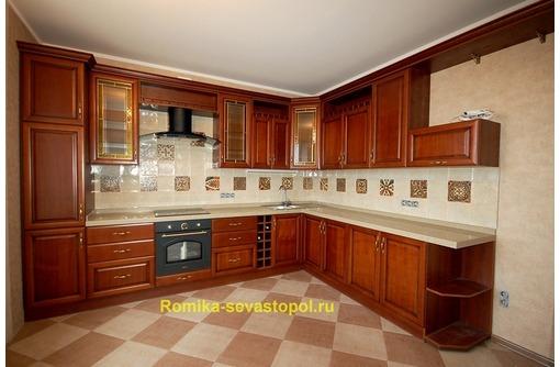 Кухни на заказ, классика, фасад массив дерева пр-ва Италия, фото — «Реклама Севастополя»