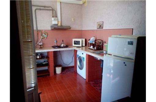 Сдается 1-комнатная, улица Челнокова, 18000 рублей, фото — «Реклама Севастополя»