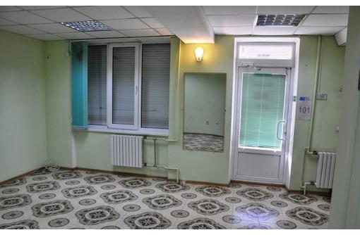 Сдается в аренду Торгово-офисное помещение на Генерала Острякова (первая линия, отдельный вход) 30м2, фото — «Реклама Севастополя»