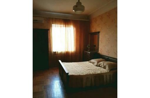 Сдается 2-комнатная, улица Новороссийская, 30000 рублей, фото — «Реклама Севастополя»