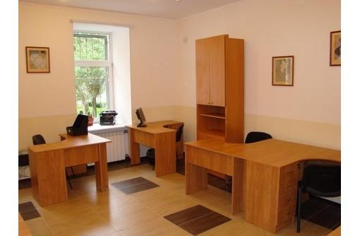 На Первой линии ул Ленина Сдается Меблированный Офис (с отдельным входом), площадью 40 кв.м., фото — «Реклама Севастополя»