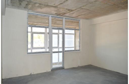 Большая квартира в новом сданном доме, ост.Юмашева, фото — «Реклама Севастополя»