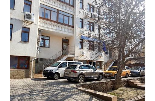 Большой комфортный офис возле центра с мебелью, фото — «Реклама Севастополя»