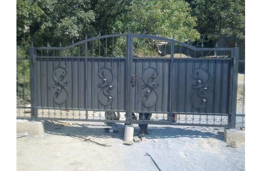 заборы из профнастила,ворота., фото — «Реклама Севастополя»