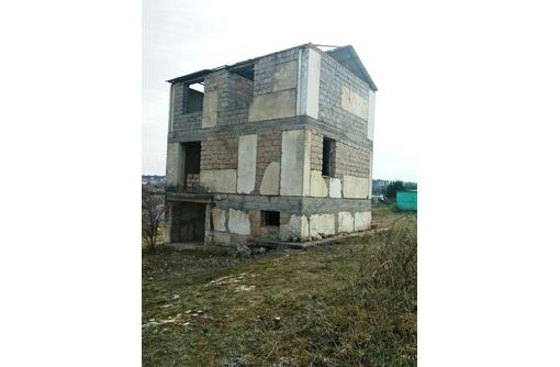 Продается дом-недострой с участком 8 соток на Фиоленте, фото — «Реклама Севастополя»