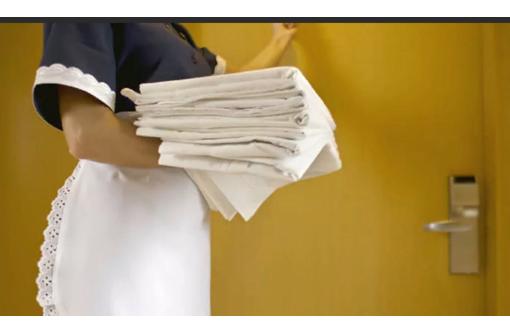 Работник Прачечной  в отель, фото — «Реклама Коктебеля»