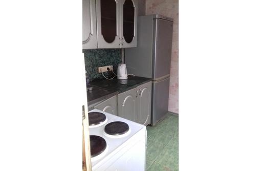 2-комнатная, 20.000 руб коммунальные услуги входят в стоимость квартиры., фото — «Реклама Севастополя»