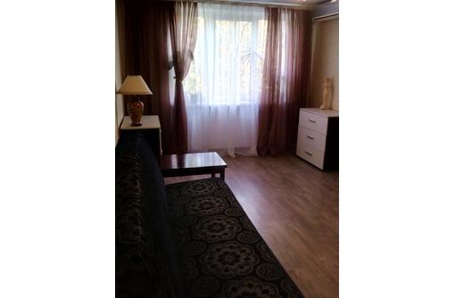 Сдается посуточно комната у моря с лоджией (под ключ) в 3-комнатной квартире, фото — «Реклама Севастополя»
