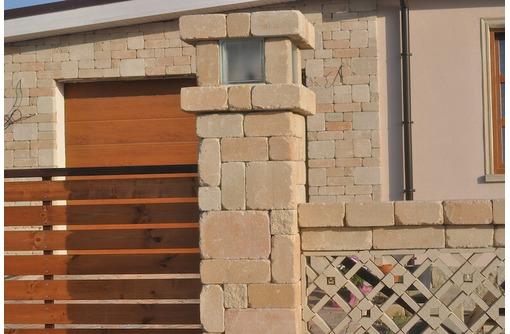 Строим заборы из камня Патио, фото — «Реклама Севастополя»