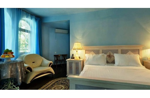 В отель «Маре-Неро» г. Алупка срочно требуются сотрудники., фото — «Реклама Алупки»