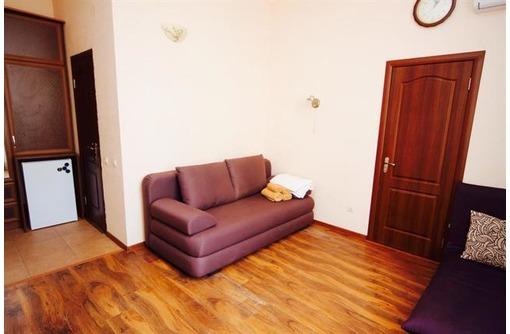 Администратор отеля (дома отдыха), фото — «Реклама Севастополя»