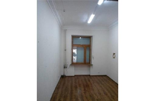 Отличный Офисный кабинет на ул Большая Морская, общей площадью 17 кв.м., фото — «Реклама Севастополя»